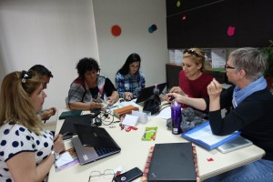 Jeannie teaches CHE Albania team how to write good prayer updates at the Developing Sustainable Partnerships conference.